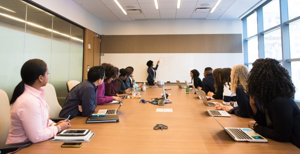 business simulations for emerging leaders